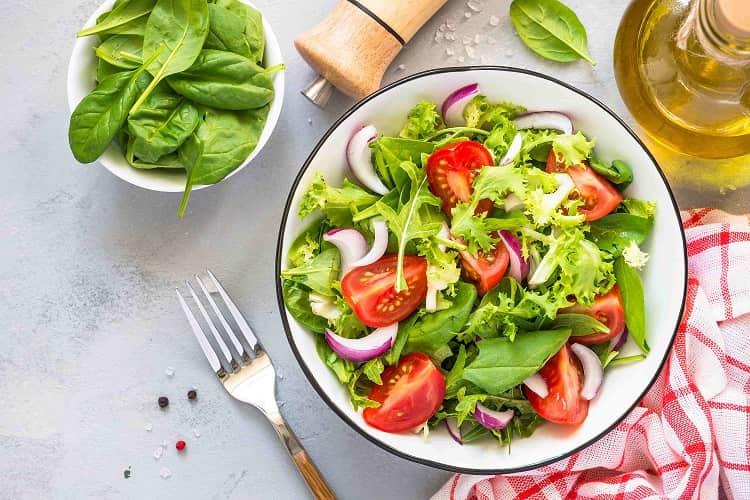 insalata verdura di stagione